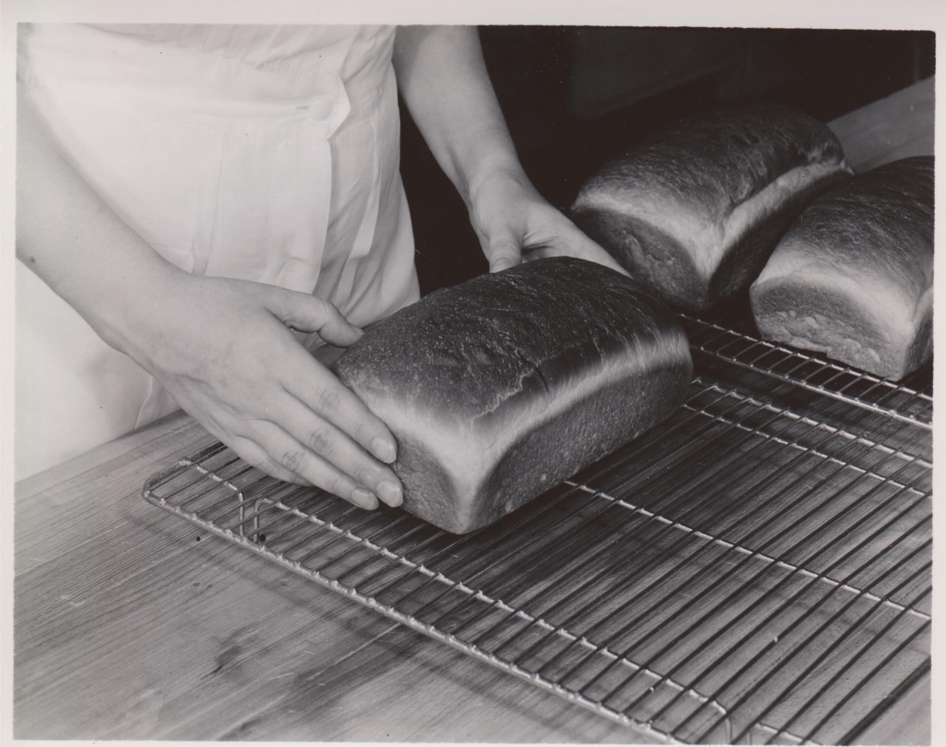 Breadmaking 1949 15