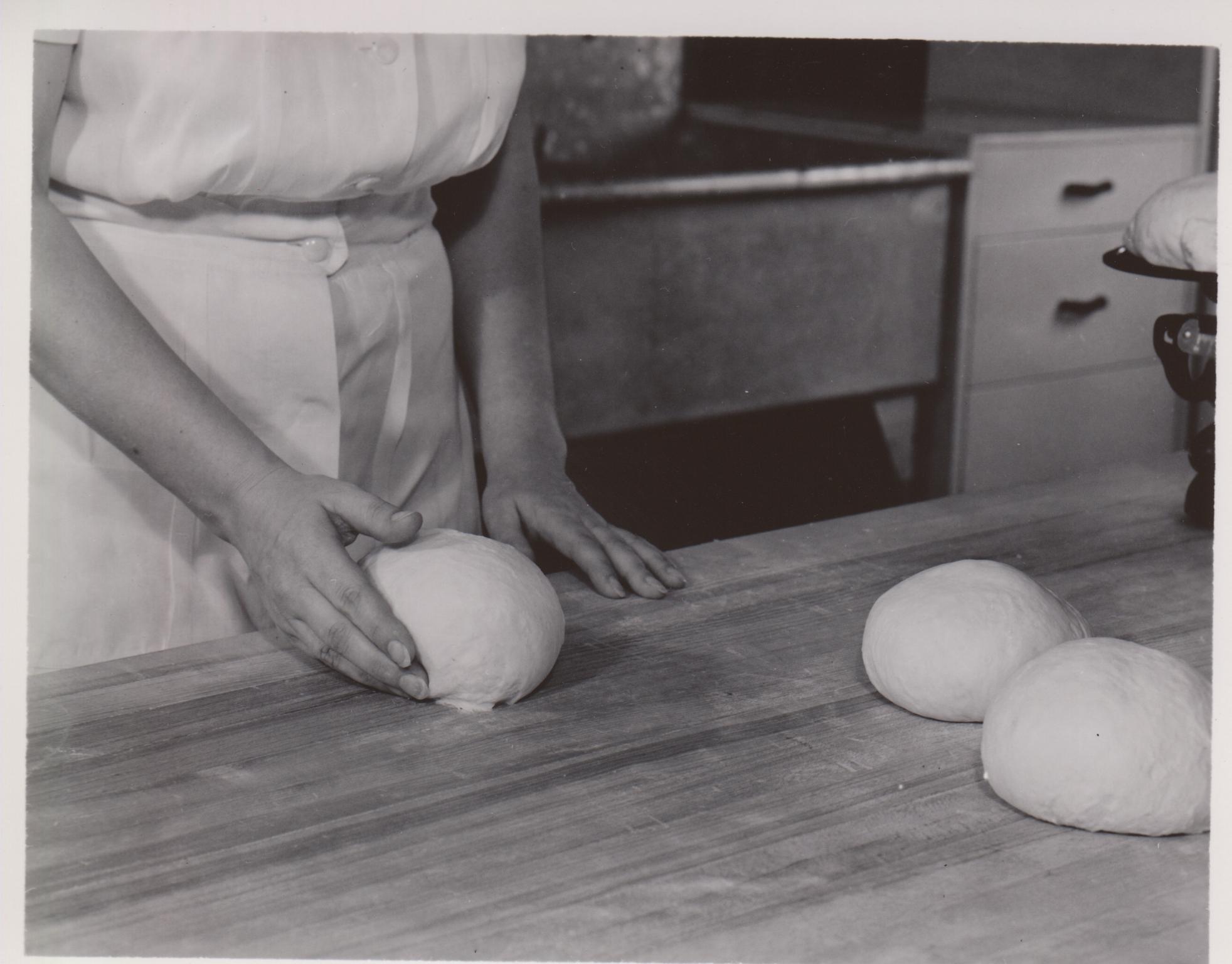 Breadmaking 1949 25
