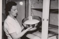 Breadmaking 1949 02