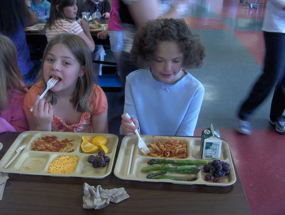 Season 2 Cooks for Kids Healthy Cooking Across America cafeteria scene from Travers City, Michigan.